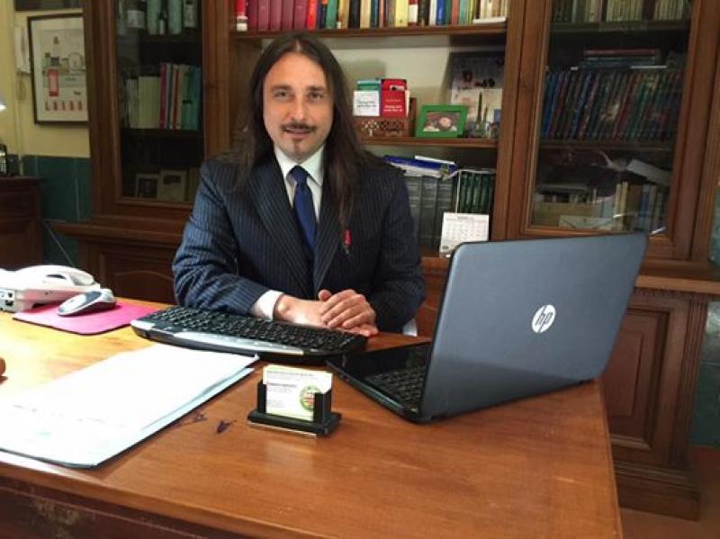 La posizione di Domenico Esposito  Sito web: